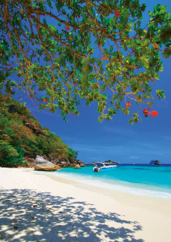 Honeymoon Bay in the Similan Islands
