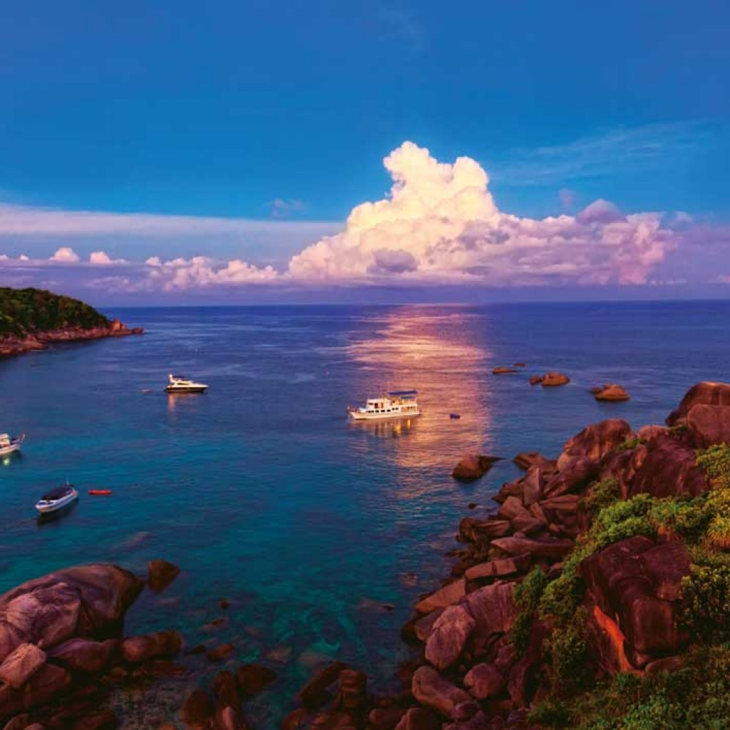 The bay at Similan Island 8