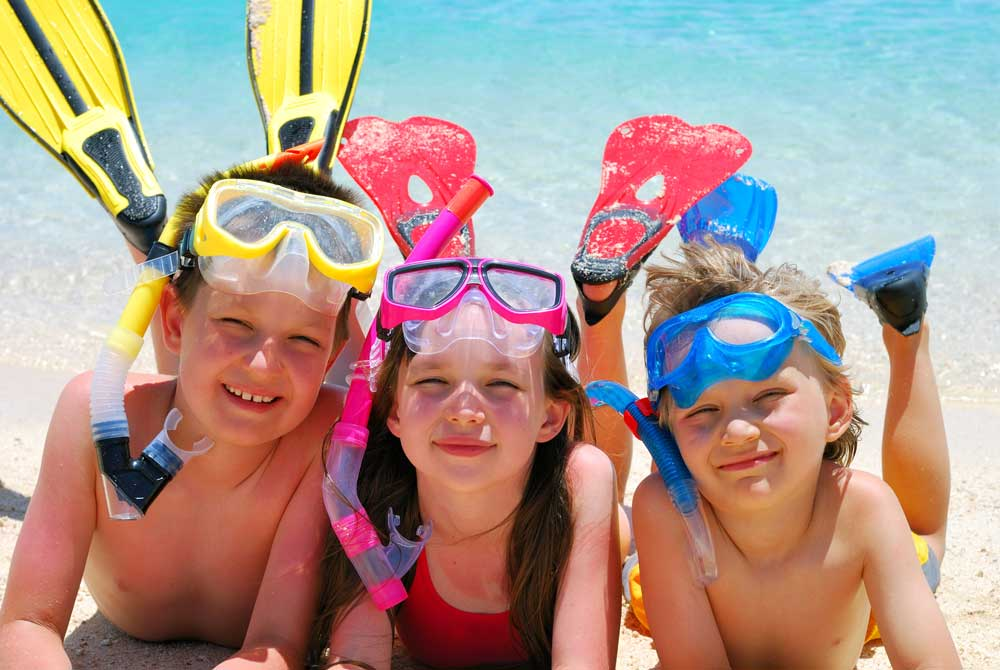 kids fun on the Khao Lak beach