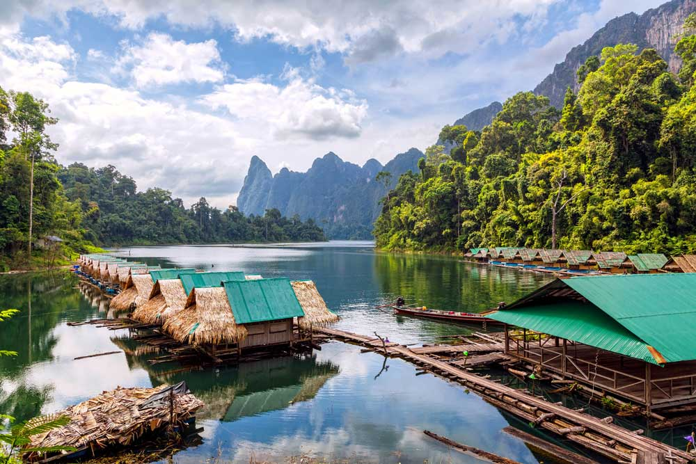 Raft houses at Khao Sok