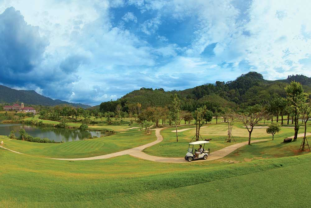 golf cart at Katathong Golf Course